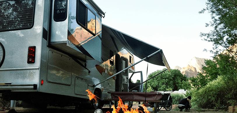 pour les vacances n 39 oubliez pas d 39 assurer votre caravane ou votre camping car. Black Bedroom Furniture Sets. Home Design Ideas